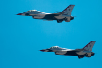 20100815144402_two_usaf_thunderbirds