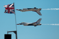 20100815144446_view--usaf_thunderbirds_and_british_flag