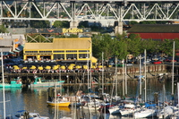 the bridges restaurant under granville bridge