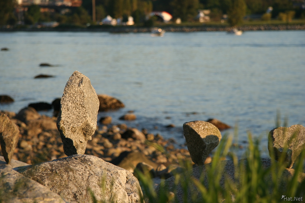 standing rocks, sunset beach : Vancoolver Photos